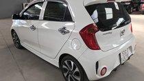 Bán Kia Morning SI 1.25MT màu trắng, số sàn, sản xuất 2018, biển Sài Gòn xe đẹp