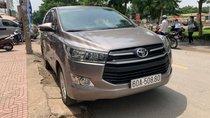 Cần bán Toyota Innova 2018 bánh sơ cua chưa hạ, nhà đi không kinh doanh