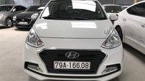 Bán Hyundai Grand I10 sedan 1.2AT màu trắng, số tự động, sản xuất 2017, đi đúng 11000km