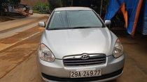 Cần bán gấp Hyundai Verna sản xuất 2008, xe số tự động