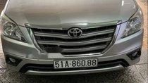 Bán xe Toyota Innova đời 2014, màu bạc, nhập khẩu