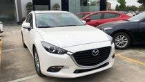 Cần bán xe Mazda 3 Luxury sản xuất năm 2019, màu trắng, giao xe ngay