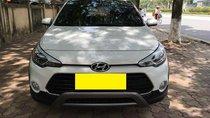Cần bán xe cọp I20 Active, 2015 nhập khẩu, số tự động, màu trắng