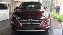 Bán Hyundai Tucson 2019 Facelift 2.0 AT tiêu chuẩn, màu trắng - đỏ, giao ngay, tặng gói phụ kiện chính hãng 30 triệu
