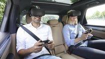 Công nghệ thực thế ảo của Porsche giúp khách hàng quên cảm giác say
