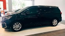 Bán Kia Sedona Delu D đời 2019, màu đen