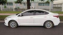 Chính chủ bán Hyundai Accent 1.4MT sản xuất 2018, màu trắng, xe nhập