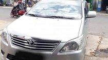 Bán xe Toyota Innova 2013, màu bạc xe gia đình, 455tr