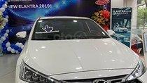Bán Hyundai Elantra sản xuất 2019, màu trắng, 769 triệu