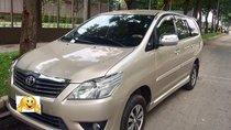 Cần bán Toyota Innova 2012 số sàn, xe nhà dùng rất kỹ còn nguyên zin