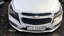 Bán xe Chevrolet Cruze LT 1.6MT 2017, màu trắng