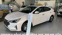 Bán Hyundai Elantra 2019, màu trắng giao ngay, khuyến mãi sốc, chỉ cần 200 triệu để nhận xe, LH: 0902.955.732 Hữu Hân