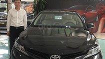 Bán xe Toyota Camry 2.0G 2019, màu đen, xe nhập