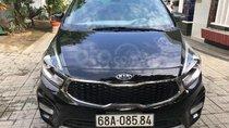 Bán xe Kia Rondo sản xuất 2018, màu đen, máy xăng