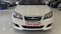 Bán Hyundai Avante năm sản xuất 2012, màu trắng, giá tốt
