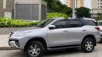 Chính chủ bán Toyota Fortuner sản xuất năm 2017, màu bạc, xe nhập