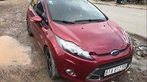 Bán xe Ford Fiesta sản xuất năm 2013, màu đỏ, giá tốt