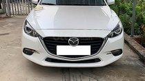 Cần bán xe Mazda 3 1.5 AT năm 2018, màu trắng