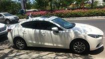 Bán Mazda 3 G đời 2019, màu trắng, mua tháng 3/2019, mới đi 5000km