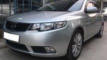 Gia đình cần bán Kia Cerato 2010, số tự động, màu bạc