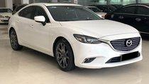 Cần bán xe Mazda 6 2.0 Premium 2018, màu trắng, giá 850tr