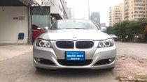 Cần bán xe BMW 3 Series 325i sản xuất năm 2010, màu bạc, nhập khẩu nguyên chiếc xe gia đình, giá 495tr