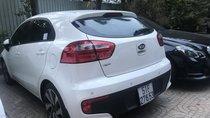 Cần bán Kia Rio Full options đời 2015, màu trắng, nhập khẩu