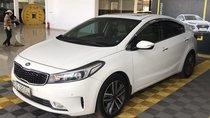 Bán Kia Cerato 1.6AT màu trắng, số tự động, sản xuất 2017, biển Sài Gòn