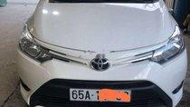 Cần bán gấp Toyota Vios đời 2017, màu trắng, xe đẹp, bảo dưỡng hãng