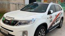 Cần bán Kia Sorento sản xuất năm 2015, màu trắng
