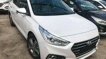 Cần bán Hyundai Accent AT đời 2019, màu trắng, có sẵn giao ngay