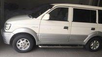 Cần bán Mitsubishi Jolie sản xuất 2004, màu trắng, xe còn đẹp