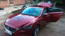 Cần bán Mazda 6 2.0 Premiun đời 2018, màu đỏ, đi được 40000 km