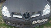 Cần bán xe Mercedes SLK 350 mui trần 2004, màu đen nhám