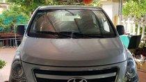 Bán Hyundai Grand Starex đời 2015, màu bạc, xe nhập