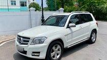 Cần bán lại xe Mercedes CLK 300 năm 2012, màu trắng xe gia đình