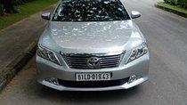 Bán Toyota Camry 2.5Q đời 2014, màu bạc, đi đúng chất 5 vạn, bán lại 795 triệu