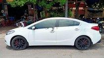 Bán ô tô Kia K3 năm sản xuất 2015, màu trắng chính chủ