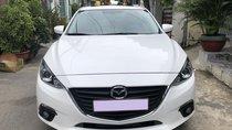 Cần bán xe Mazda 3 tự động 2018 màu trắng, bản full