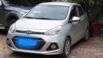 Cần bán Hyundai Grand i10 đời 2015, màu bạc, xe công chức đi làm