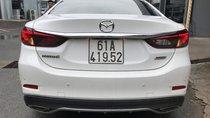 Bán Mazda 6 2.5 Premium màu trắng camay, số tự động sản xuất 2017 xe đẹp chạy lướt