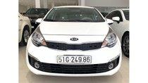 Cần bán Kia Rio 1.4 AT 2017, màu trắng, trả trước chỉ từ 138 triệu