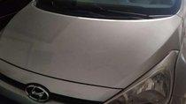 Cần bán gấp Hyundai Grand i10 đời 2015, màu bạc, nhập khẩu nguyên chiếc chính chủ, giá tốt