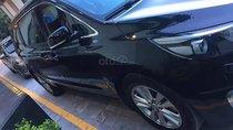 Cần bán Kia Sedona 3.3L GATH đời 2016, màu đen