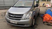 Cần bán xe Hyundai Grand Starex đời 2011, màu bạc, xe nhập