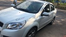 Cần bán Chevrolet Aveo sản xuất 2017, màu trắng, nhập khẩu