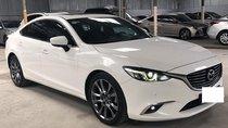 Mazda 6 Premium 2.5AT, 2017 màu trắng, xe gia đình