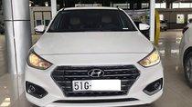 Hyundai Accent 1.4AT 2018 màu trắng, biển số SG, xe gia đình đi