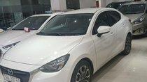 Bán Mazda 2 đời 2018, màu trắng