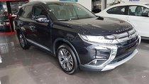 Bán Mitsubishi Outlander 2.0 CVT 2019, màu đen, 823 triệu